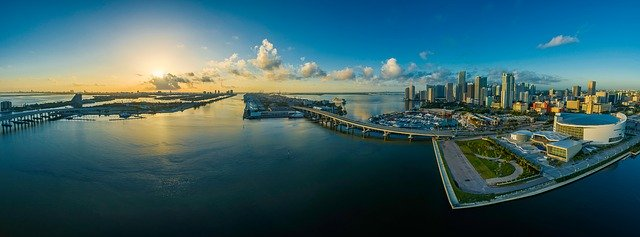 esta introduces Miami Florida