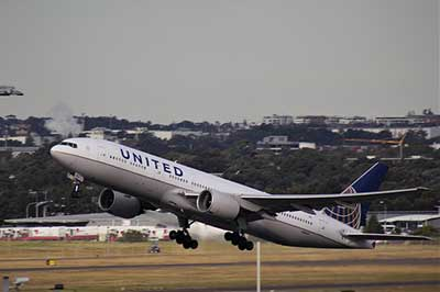 United airplane taking off