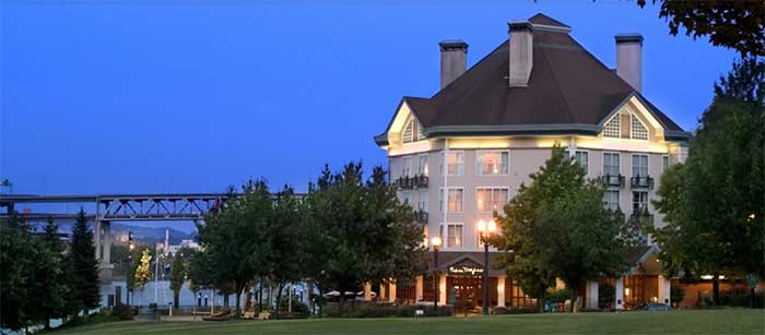 Kimpron river place Hotel