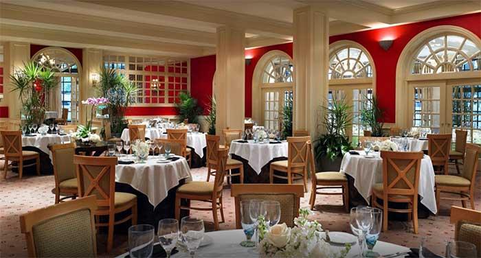 St. Regis Hotel dining room